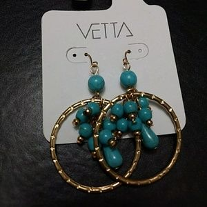 Gold tone turquoise and hoops earrings